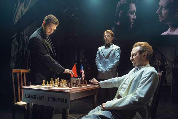 Московский гамбит: холодная война и горячие баталии за доской в мюзикле «Шахматы»