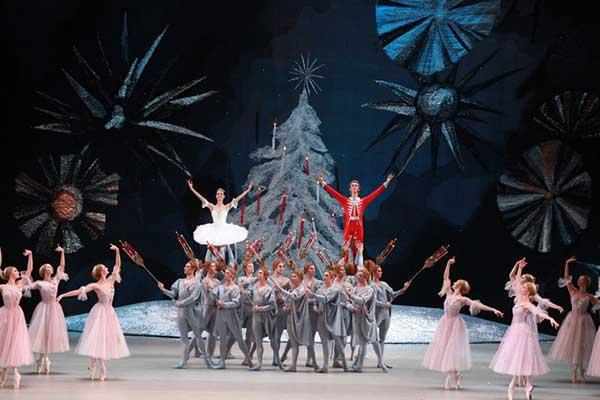 Новый год без «Щелкунчика»! Большой театр приостановил продажу билетов на все спектакли с 16 ноября по 15 января
