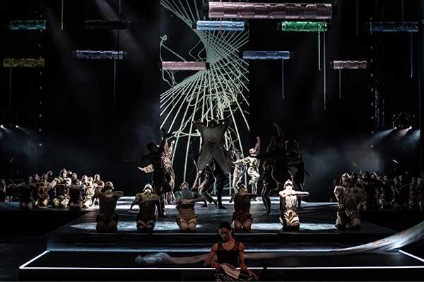 Юрий Смекалов поставил в Самаре балет-couture «Back to Life»