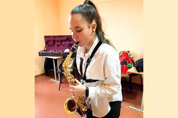 13-летнюю саксофонистку выгнали из квартета за отказ участвовать в конкурсе «Молодые таланты Беларуси»