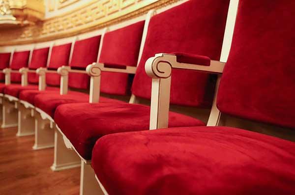 Ограничения по заполняемости залов в Москве могут быть сняты к концу марта 2021