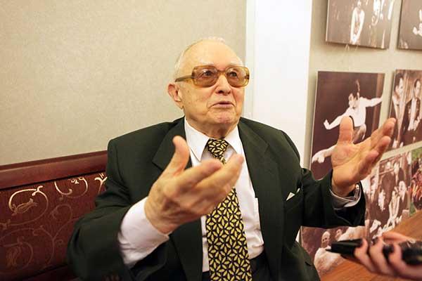 Мурад Кажлаев — Герой Труда России