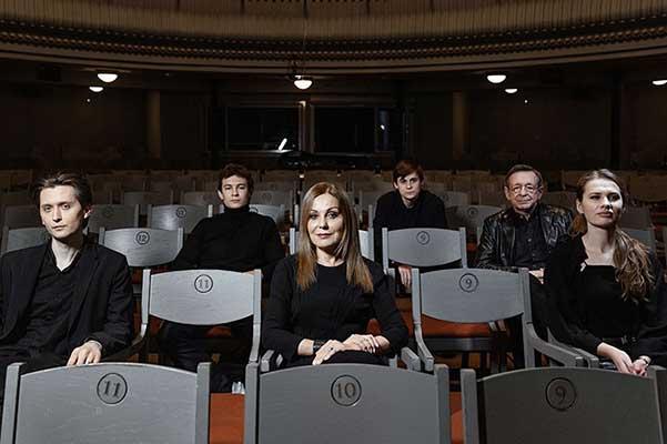 «Моими глазами»: премьера в Театре Наций (7, 8, 9 мая 2021)