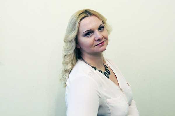 Янина Казённова — директор Смоленской филармонии