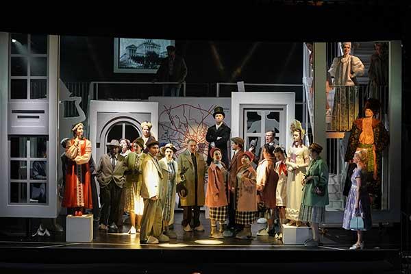 «Москва, Черемушки» Дмитрия Шостаковича в ГАБТе — спектакль о прошлом и о будущем