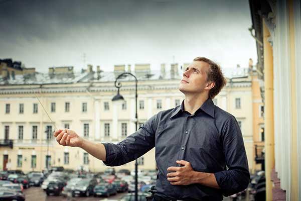 Василий Петренко — о хамстве и равнодушии, о фестивале «Лето. Музыка. Музей» и работе с Госоркестром (интервью М. Гайкович, «Независимая газета»)