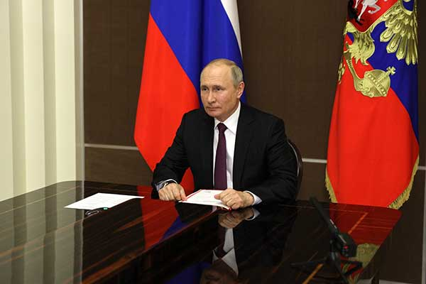 Президент наложил вето на закон об ответственности за цитирование фейков в СМИ