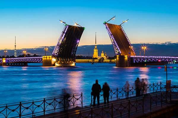 Санкт-Петербург финансово поддержал социально ориентированные НКО в области культуры и искусства