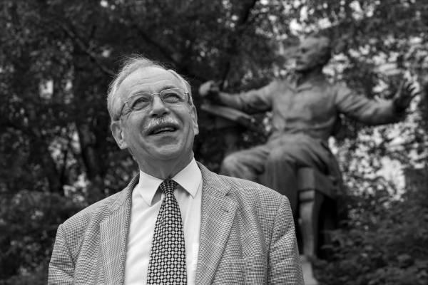 Умер известный хоровой дирижер Юрий Евграфов