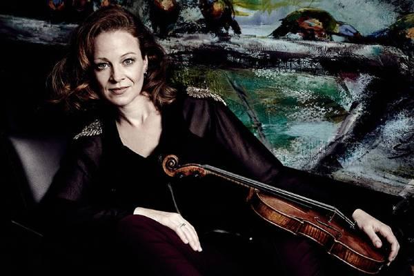 Каролин Видман в Московской филармонии: Второй скрипичный концерт Прокофьева (15 октября 2021)